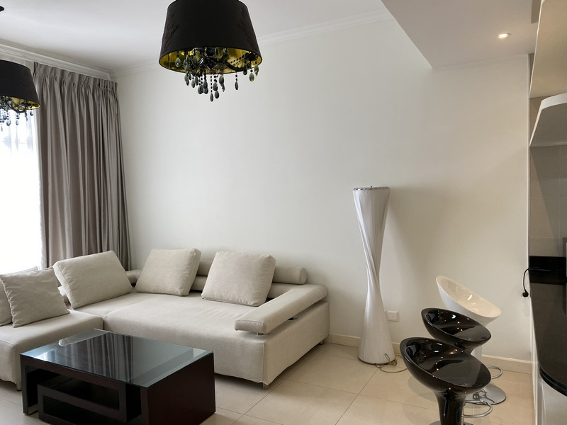 Cheap Saigon Pearl apartment with 2 bedrooms for rent