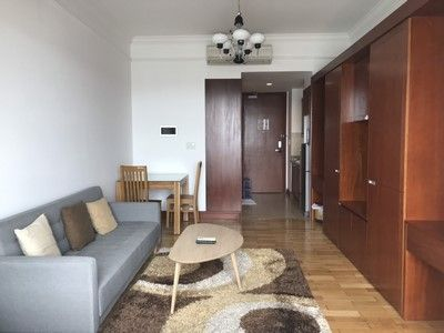 Cheap Studio apartment in The Manor, close to District 1 for rent