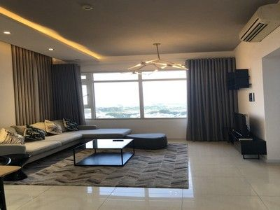 Nice apartment in Saigon Pearl, high-end furnished for rent