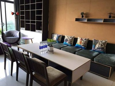 City Garden for rent brand new furniture, pet allowed