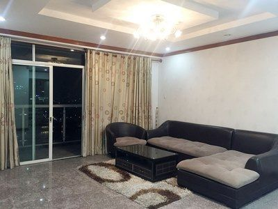 4 bedrooms apartment for rent good location, fully amenities